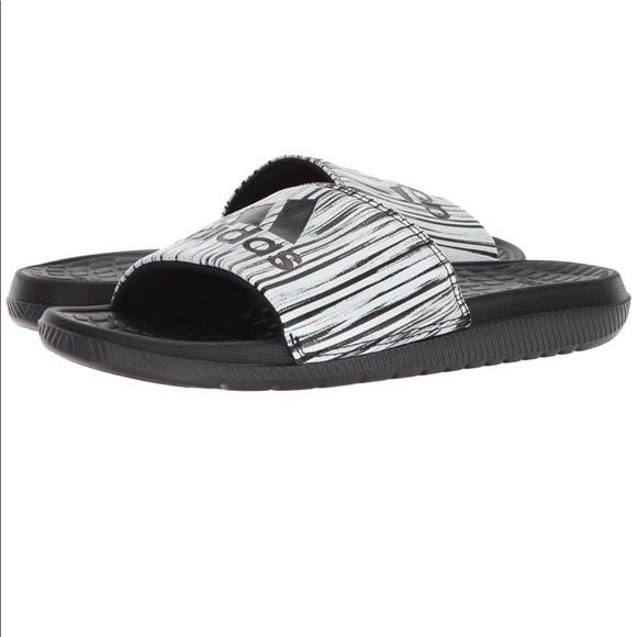 35b24685d8d45 adidas Voloomix Slide GR CP9450 D6 Boutique